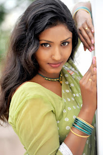 Roja Komaravolu Hot Photos in Green Saree