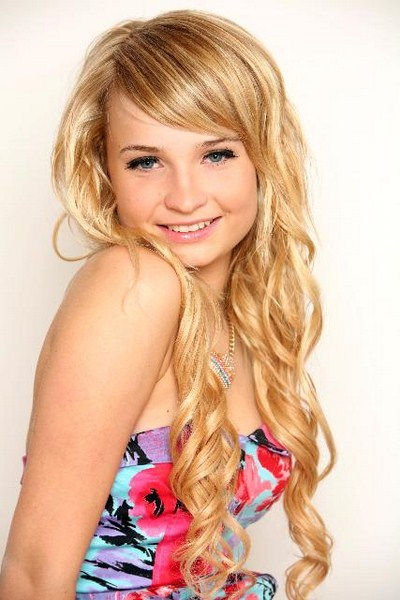 Teen Gorgeous Shemale 52