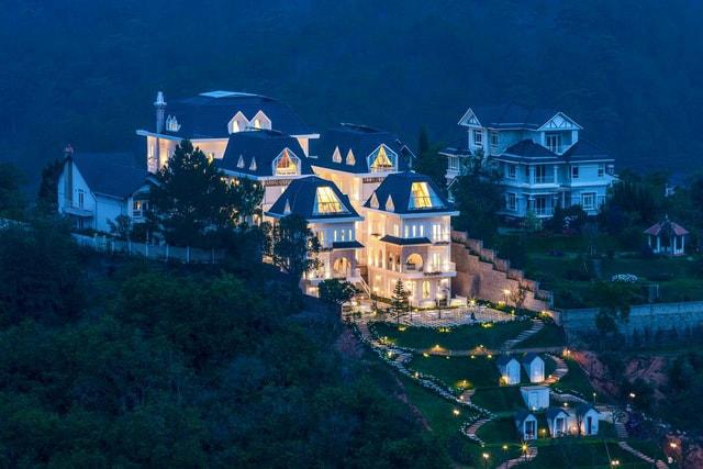 Dalat De Charme Village - Lâu đài quyến rũ giữa lòng thành phố Đà Lạt