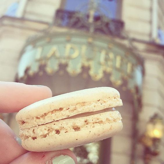 After an amazing weekend in Paris, filled with macarons and magical culture, I didn't want to come home!