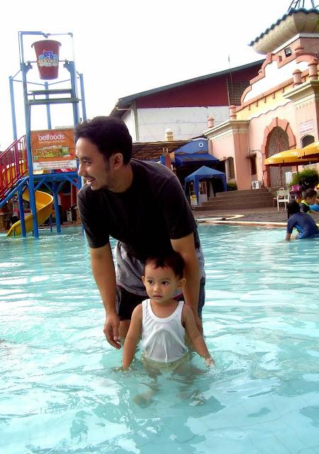 Marcopolo, Kolam Renang di Bogor
