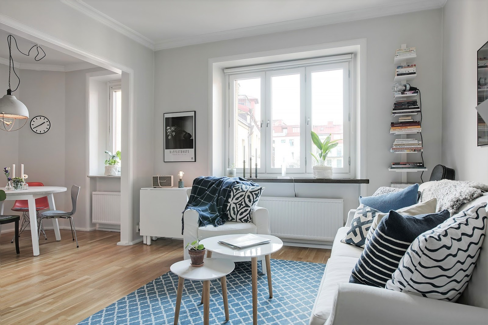 decoración piso para alquilar de estilo atemporal en tonos neutros