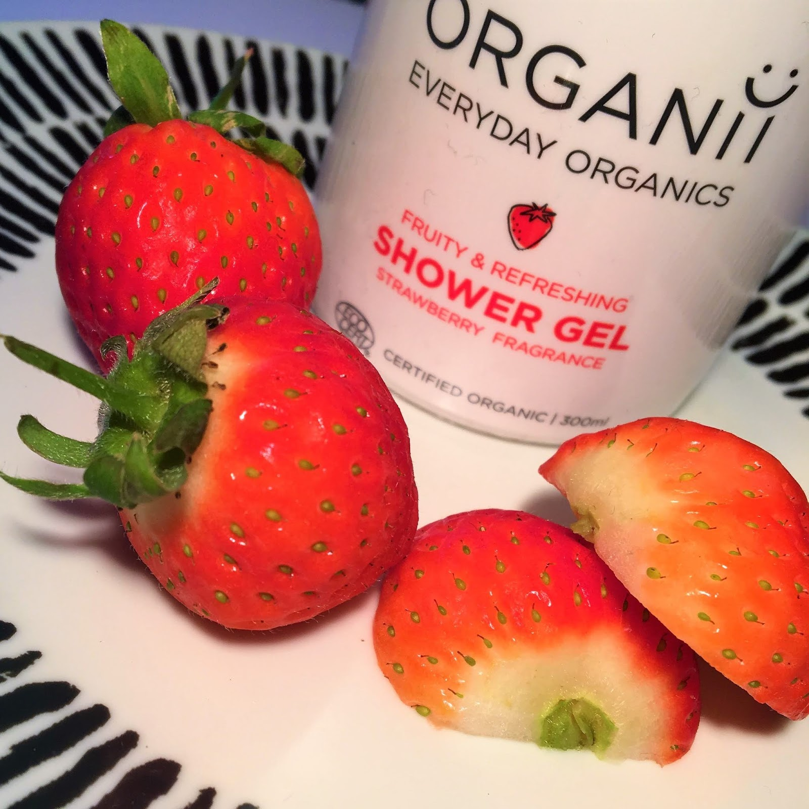 Strawberry Shower Gel by ORGANii