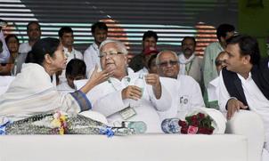 mamta-akhilesh-sharad-join-lalu-rally