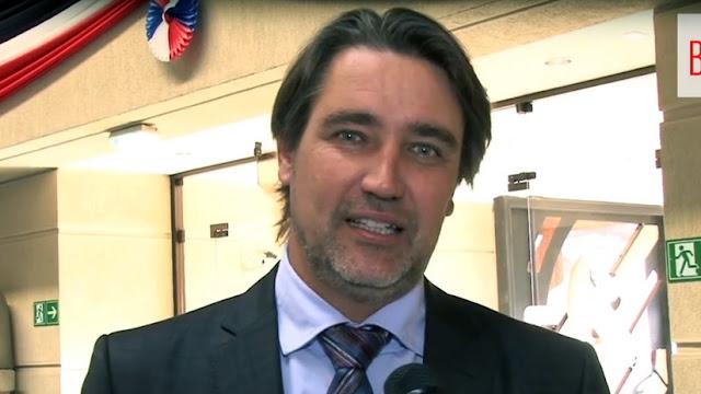 Apuñalan a senador chileno a cuatro días de las elecciones