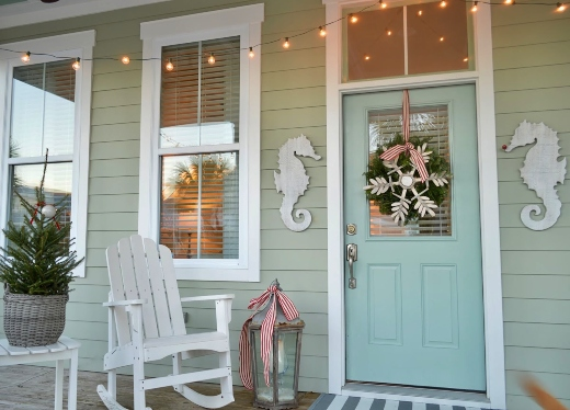 Coastal Christmas Front Porch Decor Idea