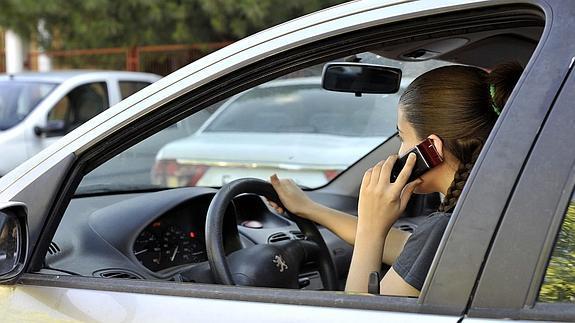 Mala practica al volante
