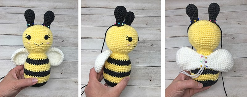 Free crochet pattern: Amigurumi bee rattle | 314x800