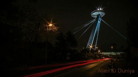 सवाल जिंदगी का - रहस्यमय प्राणी के साथ लड़ाई : Alien Story