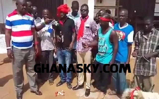 NPP Supporters invoke curses on Ghana EC boss [Video & Photos]