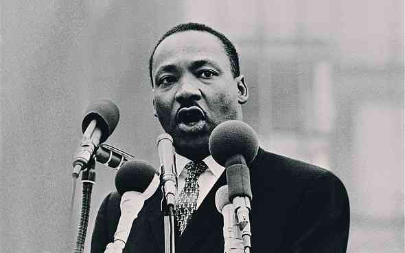 Martin-Luther-King-Jr-biography-life-story-قصة-حياة-مارتن-لوثر-كنج