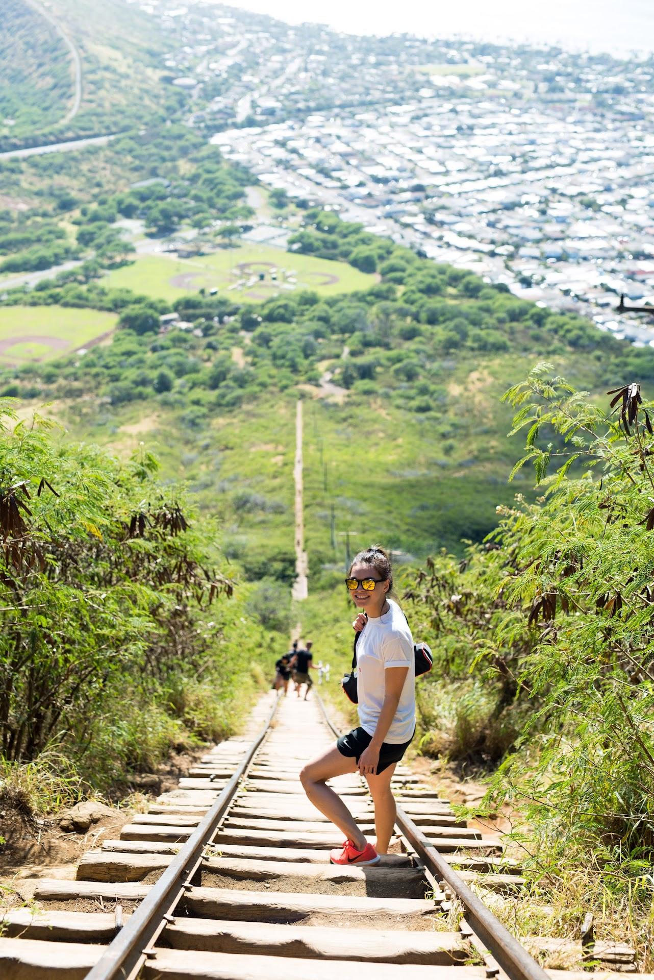 oahu, koko head trail, railway trail, oahu hiking, workout, island, travel blogger, hawaii travel tips, things to do, asian blogger,
