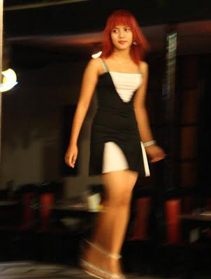 yangon show girl