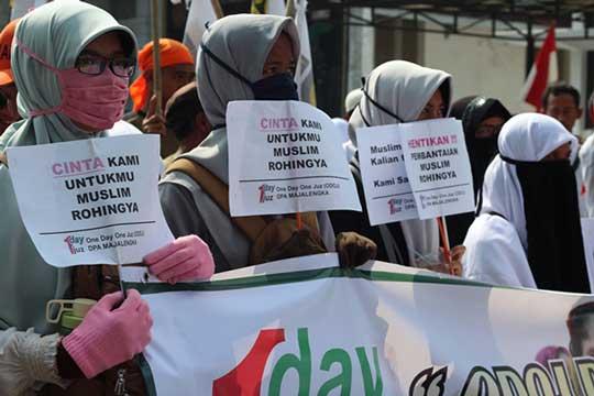 ormas islam majalengka demo rohingya