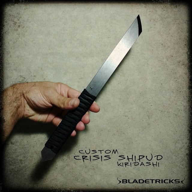 Tactical Kiridashi fighter knife custom made by knifemaker Bladetricks