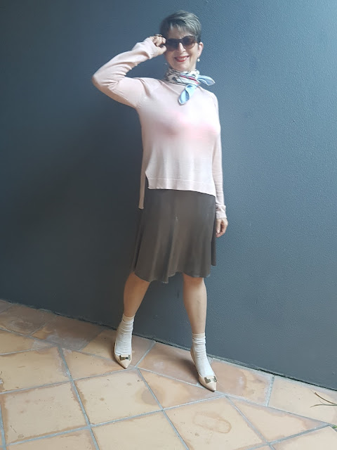 SILK SKIRT|SHOES&SOCKS|SCARF|PREPPY OUTFIT