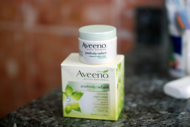 Aveeno Positively Radiant Night Cream Blogger Review