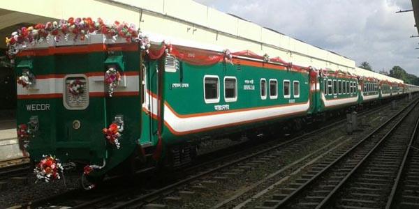 kereta buatan indonesia, kereta karya anak bangsa berjaya di bangladesh