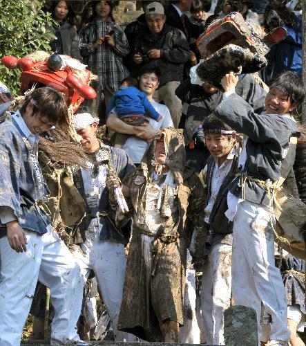 DORO-UCHI-MATSURI (Mud-Throwing Festival) at Hosaka Aso, Asakura, Fukuoka