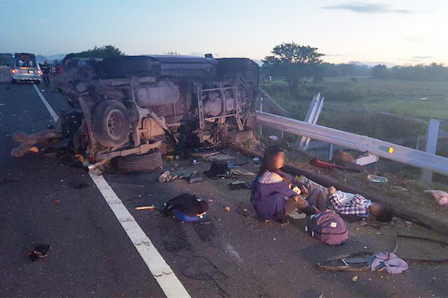 Just In: Truck Rams Moving Van Along TPLEX, 4 Dead on the Spot. Find out More Here!