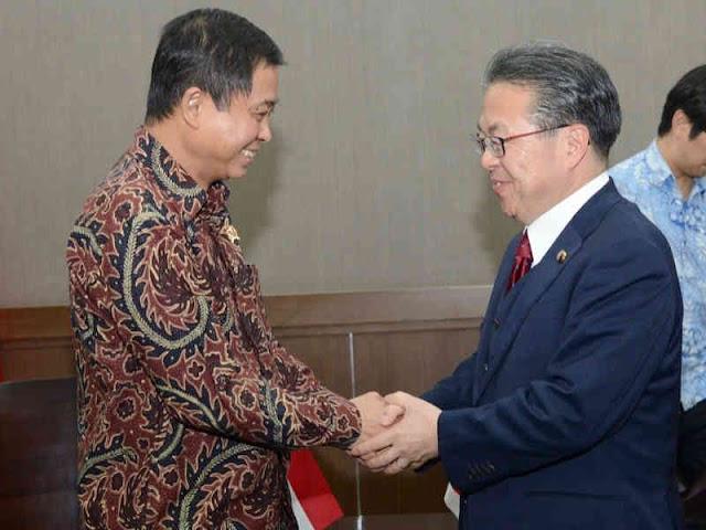 Menteri Energi Jepang Undang Ignasius Jonan, Bahas Investasi Energi Baru Terbarukan