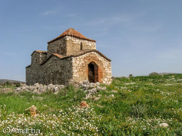 Arachneo, Argolide, église