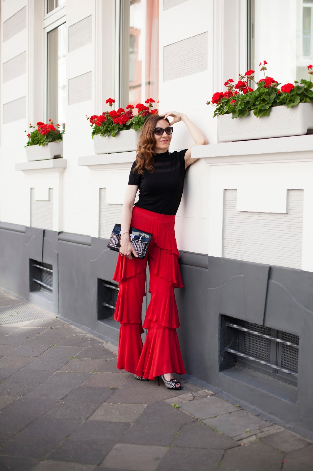 Fashion Blog Düsseldorf, today i am wearing in high red class