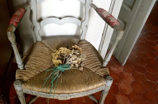 paumée: Deux fauteuils