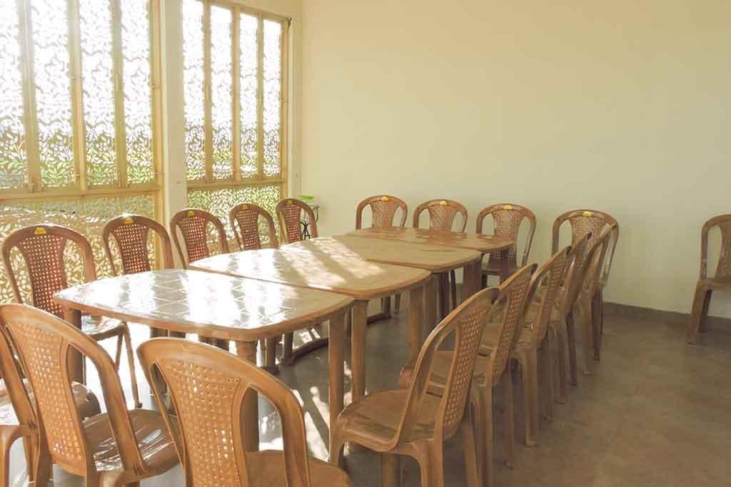 ecr farmhouse for rent
