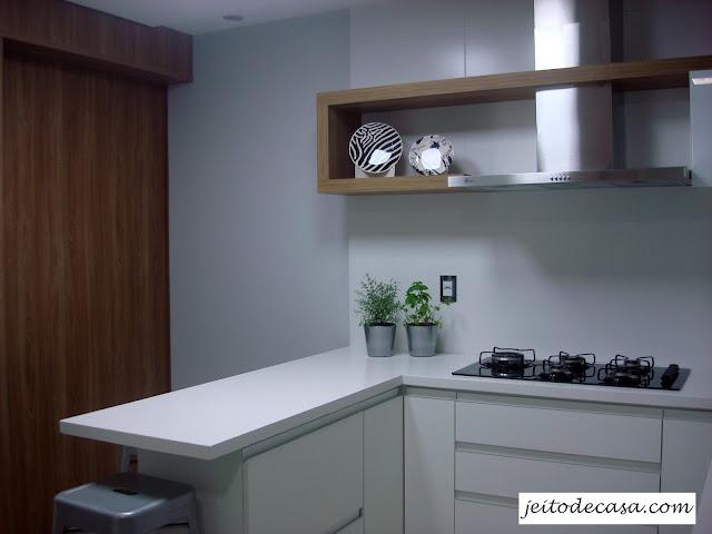 cozinha-com-bancada-branca