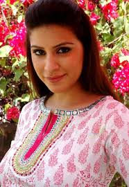 Karishma Kotak Family Husband Son Daughter Father Mother Marriage Photos Biography Profile