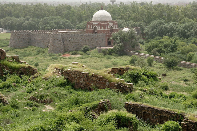 Ghiyas-ud-din Tughlaq's tomb as seen from Tughlaqabad