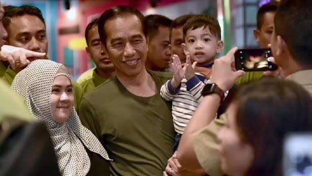 Mosok Presiden Jokowi kok Dibilang Artis?