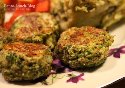 Rezept: Brokkoli-Parmesan-Mandel-Bällchen