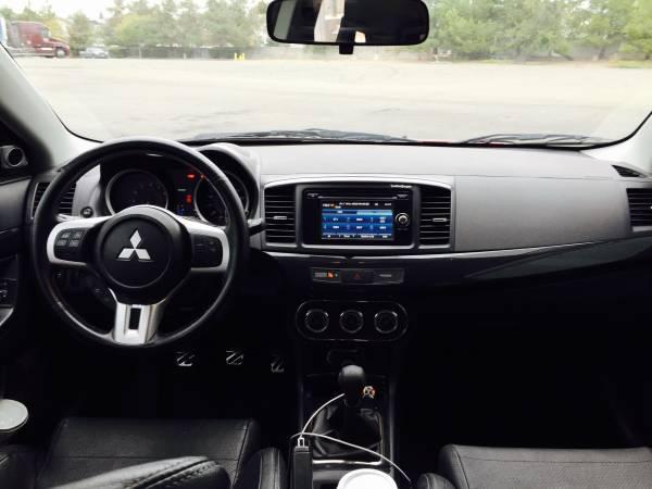 Mitsubishi Lancer Evolution EVO X interior