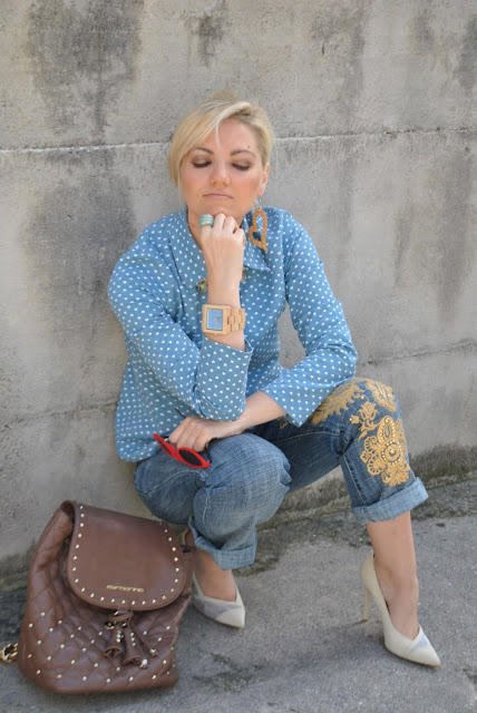 zaino formarina occhiali da sole rossi in velluto orologio in legno outfit jeans e tacchi come abbinare jeans e tacchi abbinamenti jeans e tacchi jeans and heels how to wear jeans and heels how to combine jeans and heels outfit giugno 2016 spring outfit outfit primaverili  mariafelicia magno fashion blogger color block by felym fashion blog italiani fashion blogger italiane blogger italiane di moda blog di moda influencer italiane