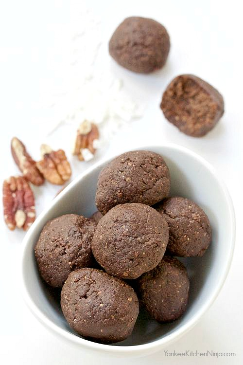Healthy chocolate, coconut and pecan no bake snack bites