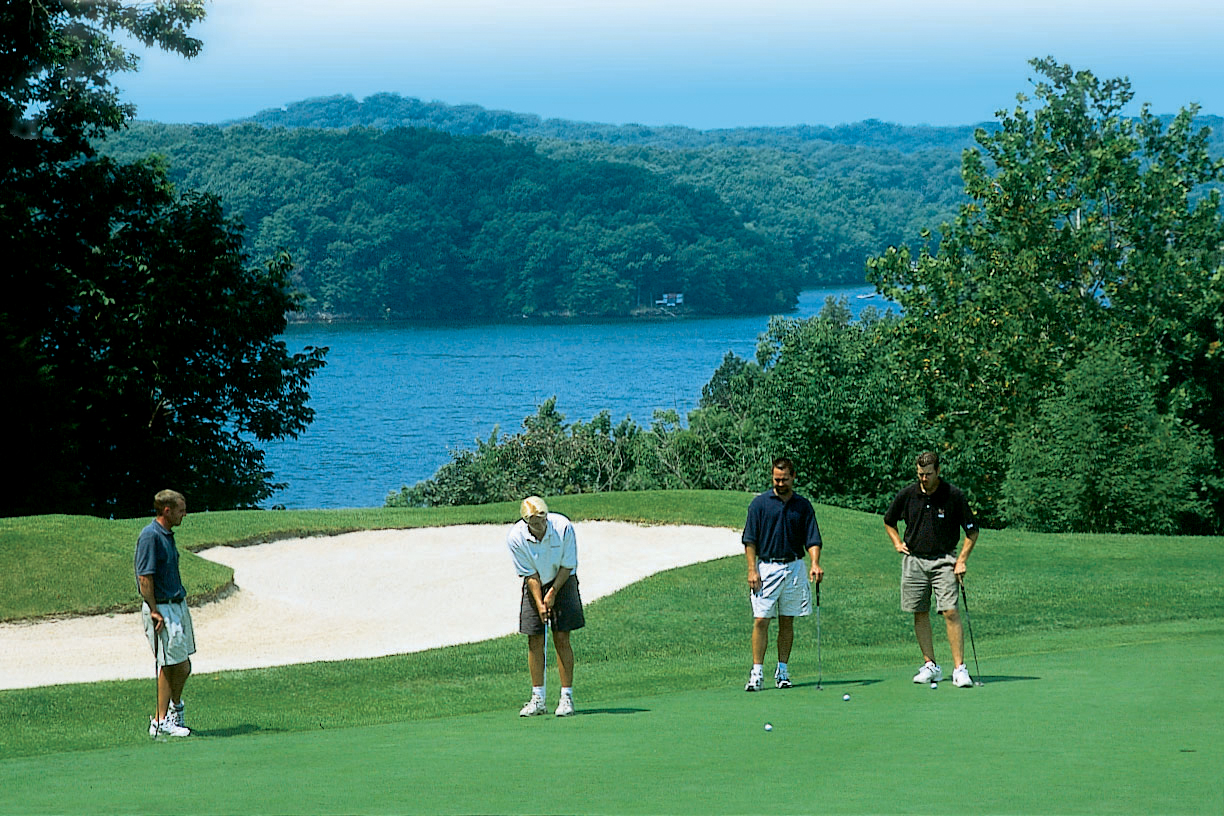 lake of the ozarks vacation rentals planning your spring golf trip to the lake of the ozarks. Black Bedroom Furniture Sets. Home Design Ideas