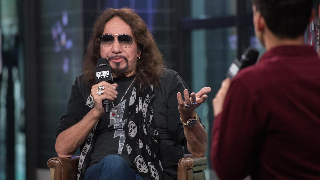 VIDEO: Ace Frehley Talks 'Spaceman' on the Build Series