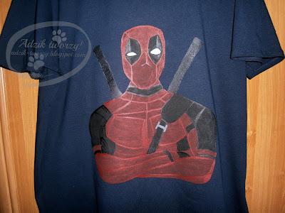 Ręcznie malowany t-shirt z Deadpool'em