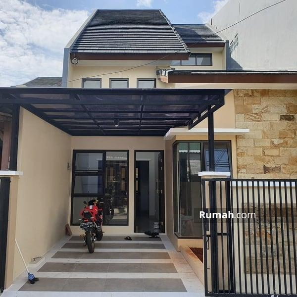 Denah Rumah Minimalis 2 Lantai Mungil Cantik Sederhana