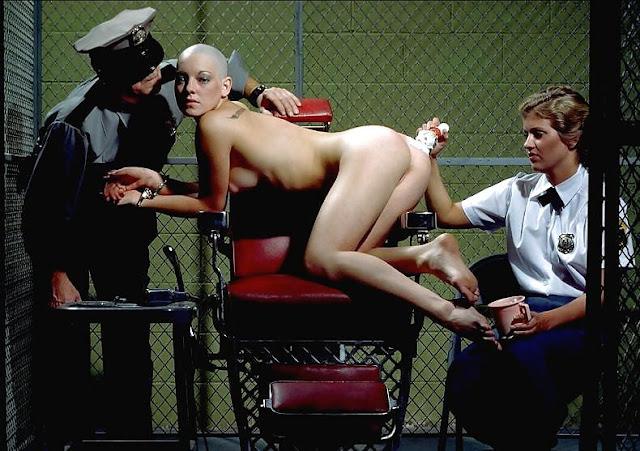 humiliation et honte de se faire raser tout le corps en prison