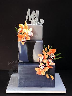 Gay Hochzeitstorte mit Zuckerblüten