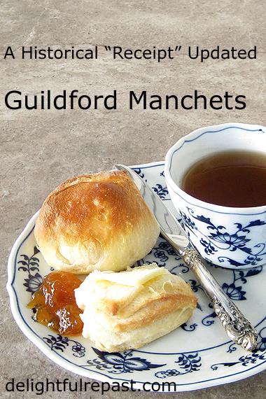 Guildford Manchets (Rolls) - A British Historical Recipe / www.delightfulrepast.com