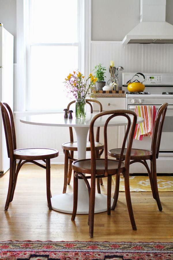 deco escandinava silla thonet mesa tulip vintage
