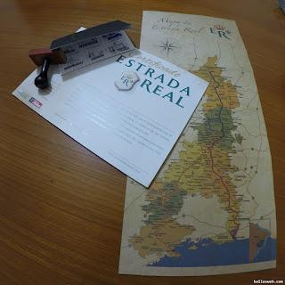 Mapa, certificado e passaporte da Estrada Real.