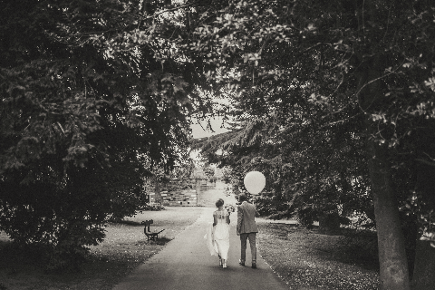 wedding bride and groom balloon black white