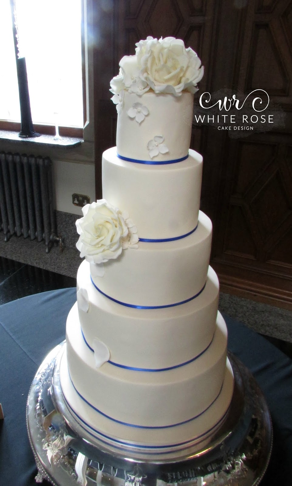 best wedding cakes yorkshire white cake design modern luxurious wedding 11698
