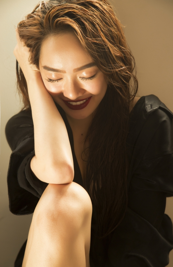 Không còn 'nhí nhảnh' như thời 'Em chưa 18', Kaity Nguyễn tuổi 19 'lột xác' đầy trưởng thành - Ảnh 7