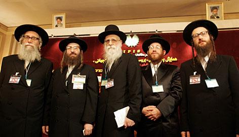 A - - B - -: Apa Yang Saya Belajar Mengenai Yahudi Ortodoks?